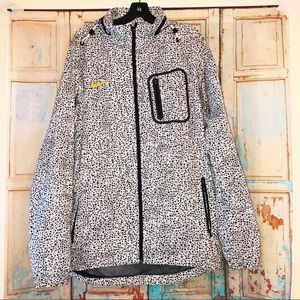 Nike windbreaker with super cool speckled print